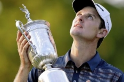 Rose blooms to win U.S. Open, his first major crown